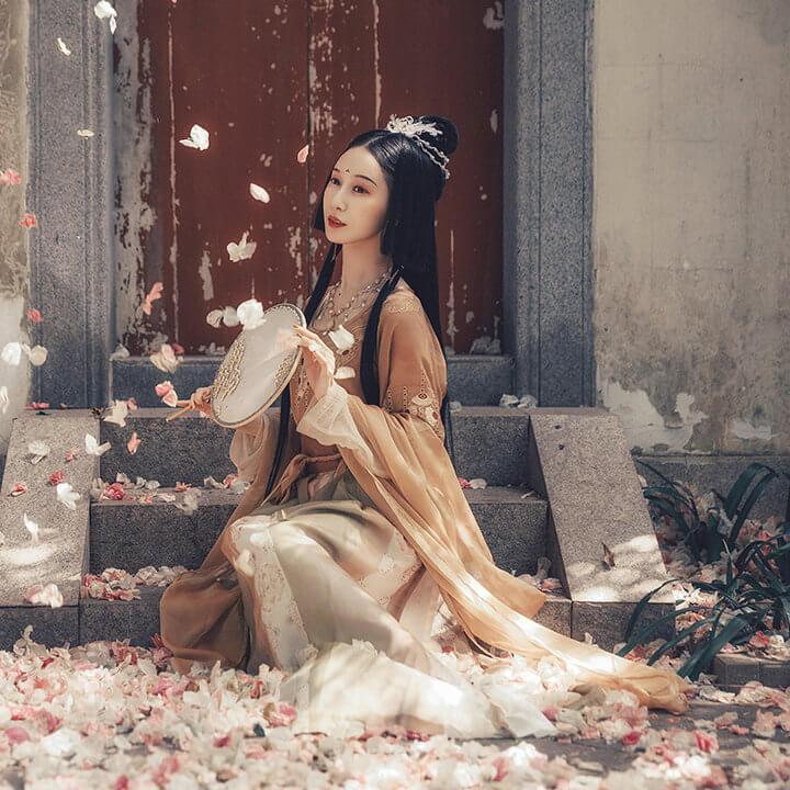 obuj8wdky w.jpg w720 - 它来了,它来了,美到惊艳的神仙汉服,答应我一定要拥有好吗!