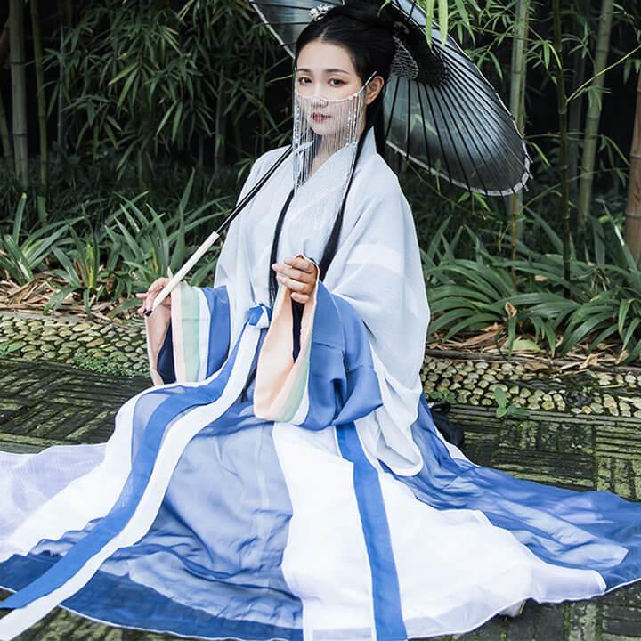 w8epkqo9e w.jpg w720 - 它来了,它来了,美到惊艳的神仙汉服,答应我一定要拥有好吗!