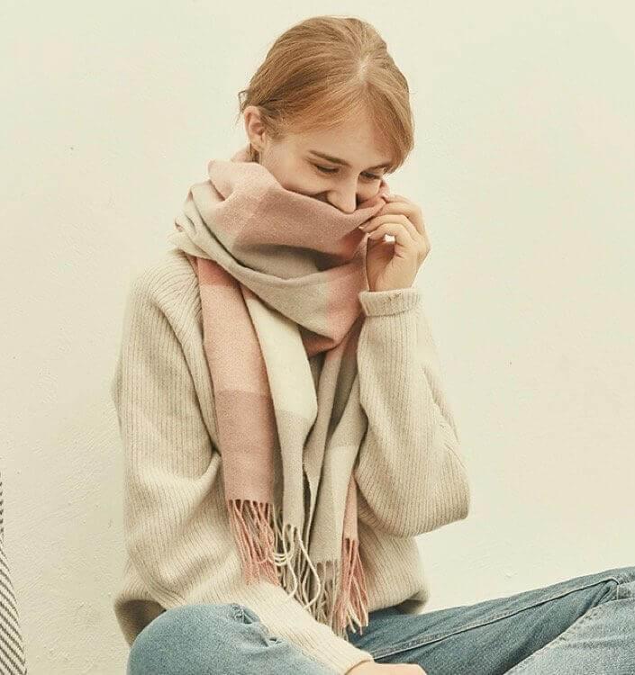 snyc0guqv.jpg w720 - 暖冬礼物|温暖又百搭的围巾你准备好了吗?