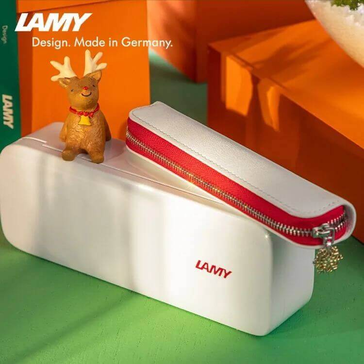 640 409 - 圣诞节送女生指南,这些精致浪漫的礼物一定让她心动!
