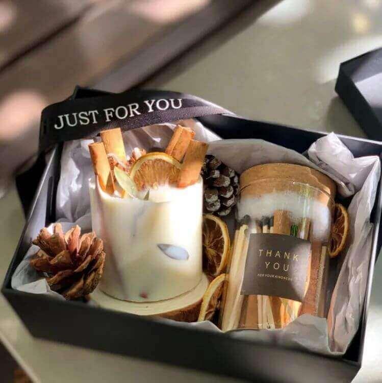 640 424 - 圣诞节送女生指南,这些精致浪漫的礼物一定让她心动!